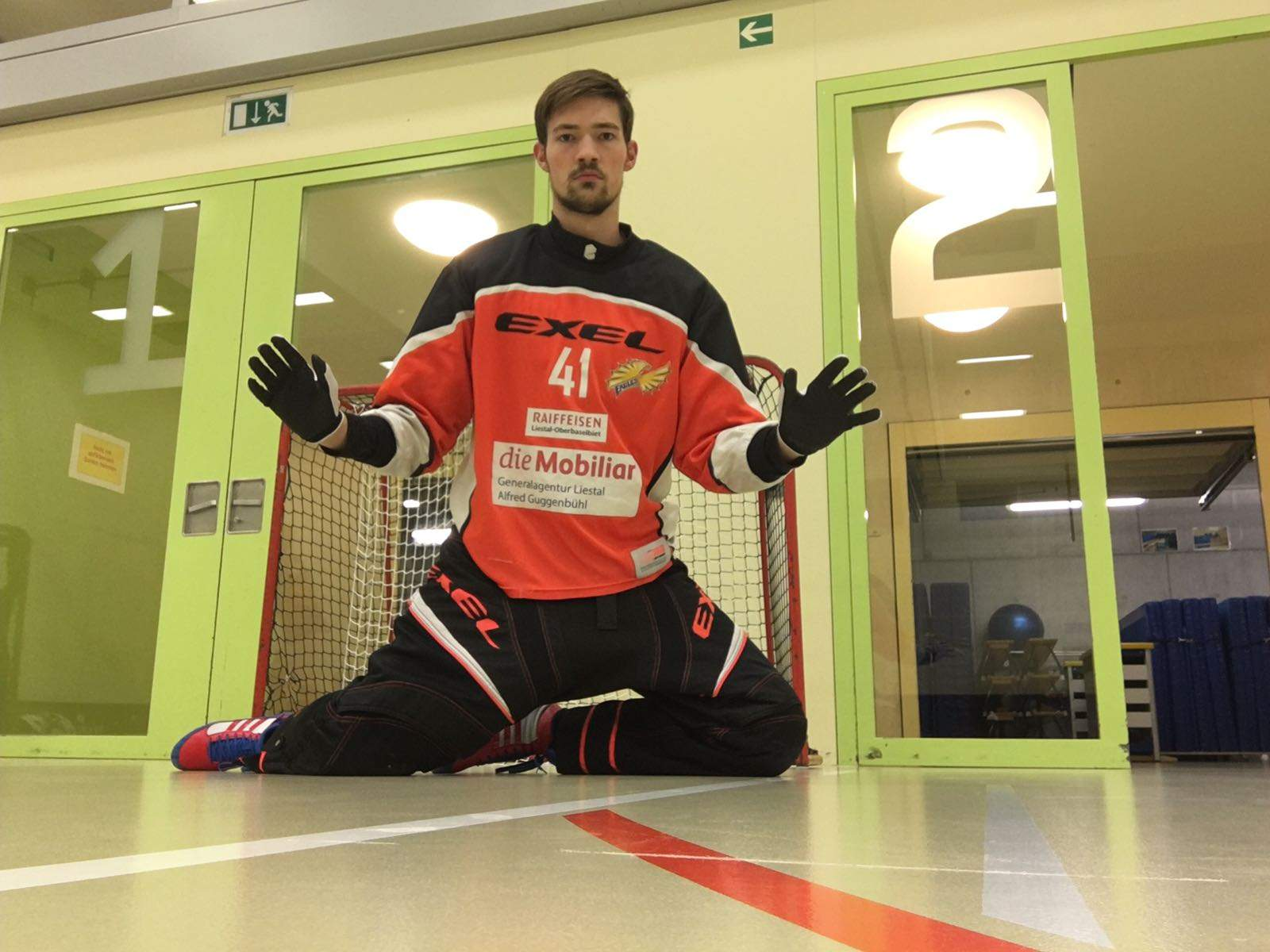 Floorball Goalie Closed Legs Front